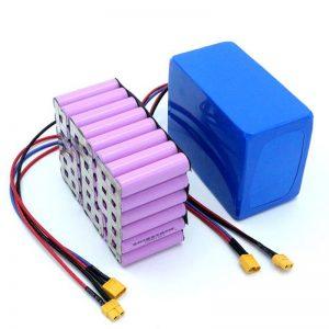 מחיר מפעל 18650 תא סוללות הספק גבוה 12 V סוללת ליתיום נטענת Li Ion למכירה